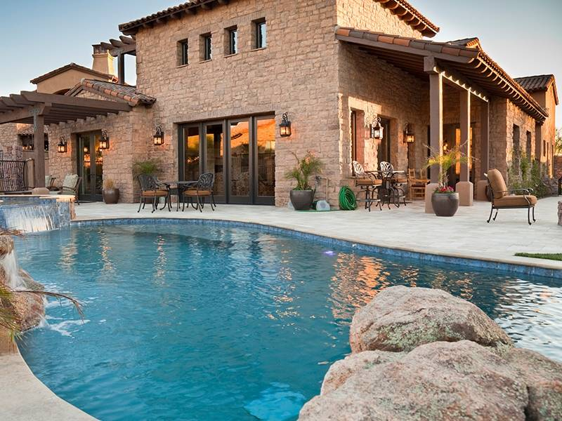 Know Tips and Requirement for Building a Pool for your Building